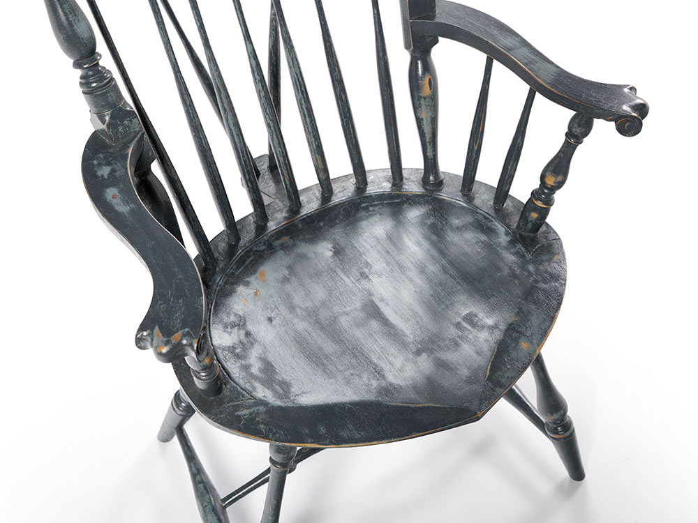 Windsor chair, Nantucket Fan-back carved knuckles