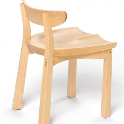 standard maple serpentine chair side view