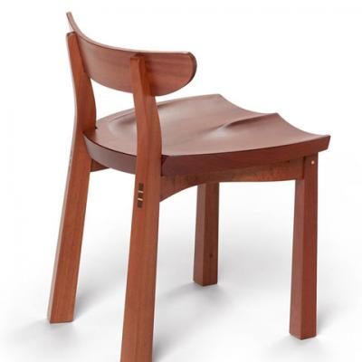 standard mahogany serpentine chair side view