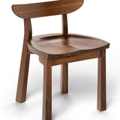 standard serpentine chair in fumed oak front view